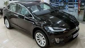 Elon musk's electric vehicle manufacturer tesla will start selling cars in india in early 2021 nitin gadkari said that tesla will start from selling their cars in india from 2021 and then, based on the response the company gets. Before India Tesla Evs Touch Down In Nepal Models Prices And Other Details