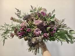garden bouquet. Tambahkan Ke Board Rustic Garden Bouquet For Pre-Wed Photoshoot By La Fleur Société - 001