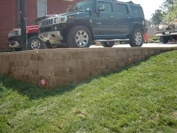 how much weight can retaining wall hold can it be used as a driveway