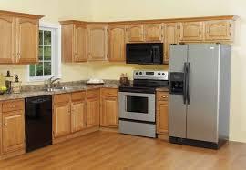Natural Oak Kitchen Cabinets Kitchen Design With Oak Kitchen Cabinets And Tile Backsplash Also
