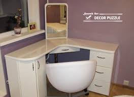 white corner dressing tables with mirror