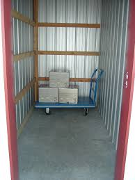 5x10 units are 50 square feet some items that are suitable for storing in 5x10 units are furniture chairs bo of personal items and full or queen