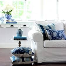 white rp sofa