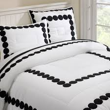 simple bedroom design with cozy black white cotton comforter and black white bedding bedroom