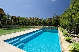 Modern Small Rectangular Swimming Pool Backyard And Garden Design ...