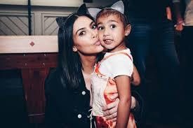 Surrogate Birth Plan Kim Kardashians Not Happy With Her Surrogates Birth Plan