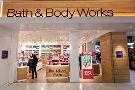 bath and body works key holder salary christmas floorset bath body works office photo glassdoor