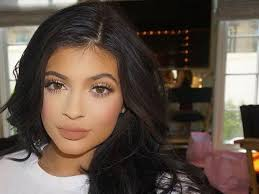 kylie jenner s eyeliner is always on fleek