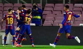 Liga: Dembele stende il Valladolid al 90' tra le proteste, Barcellona a -1  dall'Atletico. E sabato c'è il Clasico | Primapagina