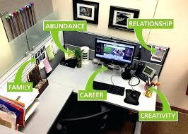 office desk decoration. Contemporary Decoration Office Desk Decor Best Work Ideas On Cube    And Office Desk Decoration K