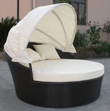 Round Outdoor Bed Calmly Canopy In Round Patio Daybed Design Idea As Wells As