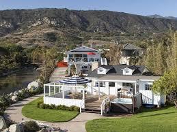 ashton kutcher et mila kunis ont achet une maison de r ve santa barbara 5422.jpeg