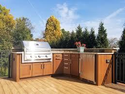 outdoor kitchen deck builder