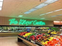 is the produce section dubbed in this incarnation of kroger décor preceding millennium featured in the last post by the way the kroger garden