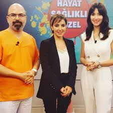 Added by @hayat.saglikli.guzel Instagram post Nefise Karatay ve Dr.Mevlüt  Dağ'ın sunumuyla #HayatsağlıklıGüzel Yarın #KanalD'de. Ekranlarında  sizlerle. Konuklar: Dr.Öğr.Üyesi.Başak Bostancı,Dr.Öğr.Üyesi Fidan  yıldız,Prof.Dr.Özgür Erdoğan,Prof.Dr.Murat ...