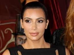 Obrazem Sexy Střihy A Nahá Kůže Celebrity V šatech Ve Stylu
