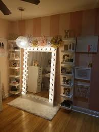 Makeup storage with diy style Hollywood glam light Nail Design