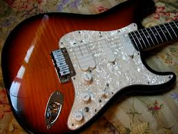 xhefri s guitars fender stratocaster ultra this is a 1994 antique burst stratocaster ultra again some ultras used the floyd rose type ii tremolo system string changes are rather simple as you do