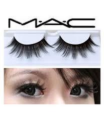 2 added mac eyelashes in makeup kit gm