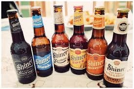 shiner beer 6 packs called the shiner family reunion has one bottle each of shiner black lager blonde kosmos bock hefeweizen and mine had a fm966