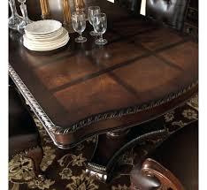 Sophia Table