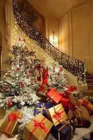 9/7/15 - -<b>Christmas Tree</b> Over <b>flowing</b> with presents / Believe in the ...