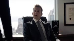 Suits harvey specter office Harveys New Cabinets In The Office Of Harvey Specter gabriel Macht In Suits S07e04 Usa Network New Cabinets In The Office Of Harvey Specter gabriel Macht In