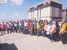 Housing: students from the faculties of engineering inspects the projects  of the new city of Mansoura.
