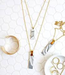 how to make a pendant necklace at home