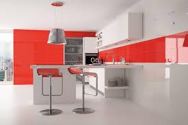 Cocinas Blancas Y Rojas U2013 Con La Pared Y El Entrepaño De La Cocina En Rojo