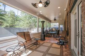 screened-patio-and-covered-balcony-5