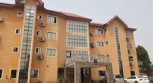 more about marriott garden city hotel