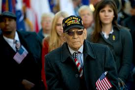 u s department of defense photo essay  a world war ii veteran attends a veterans day ceremony at the tomb of the unknowns