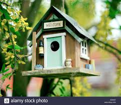 CUTE LITTLE BIRD HOUSE WITH WELCOME SIGN