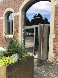 Natural Spiegelfolien Auf Türen Und Fenster Mit Logo Design Folien