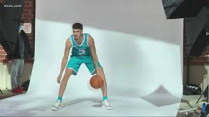 Nba2k21 hook v 0.0.5 by looyh best jersey mod creator out there! Lamelo Ball Ready For Charlotte Hornets Career 11alive Com