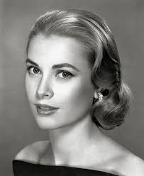 victory rolls hairstyles form 1940s 7 min