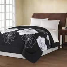 queen fl black white comforter