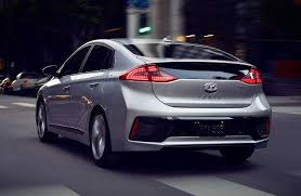 2018 hyundai plug in. brilliant hyundai 2018 hyundai ioniq plugin hybrid exterior rear profile in hyundai plug in o