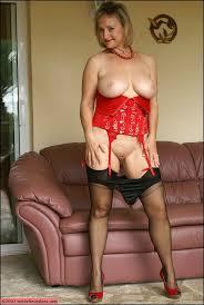 Big tits matue stockings
