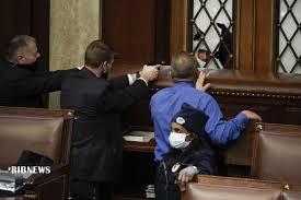 روز پر آشوب کنگره آمریکا به روایت تصویر | خبرگزاری صدا و سیما