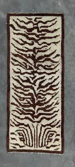 real tiger rug not fake this is a really rare white ground