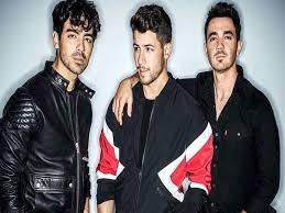 India Billboard Charts Jonas Brothers Hit No 1 On Billboard Artist 100 Chart For