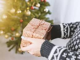 Selamat natal dan tahun baru. 15 Ucapan Natal 2018 Yang Indah Dan Menyentuh Hati Cocok Dikirim Buat Orang Terkasih Lifestyle Liputan6 Com