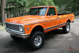 1972 chevy pickup, 4x4, custom 10, Orange . 350 motor C10