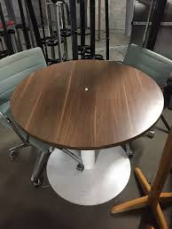 Used 1m Walnut Round Office Table Aline Office Furniture