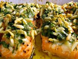 Resultado de imagem para SALMÃO ASPARGOS amendoas ovos mexilhoes ao forno