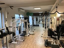 Área de musculação da Academia Clinos - Academia Clinos