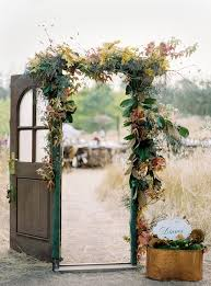 old door décor ideas for wedding reception weddceremony