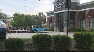 jared jewelry robbery at